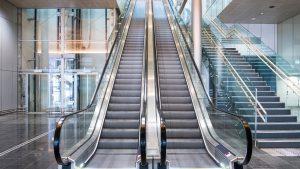 transve-escaleras-mecanicas-aeropuerto